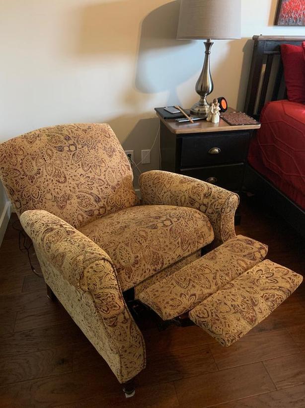 Excellent recliner