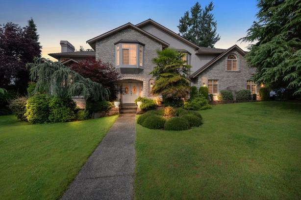 Home for Sale - 949 Boulderwood Rise