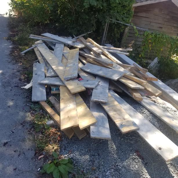 Free Concrete wall form lumber