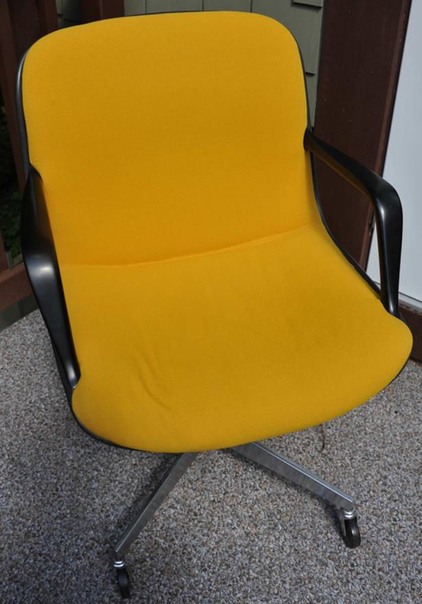 Retro office chair in yellow fabric