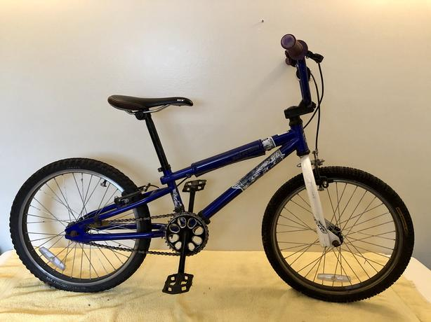 GT Bicycle~Mach One Expert 20