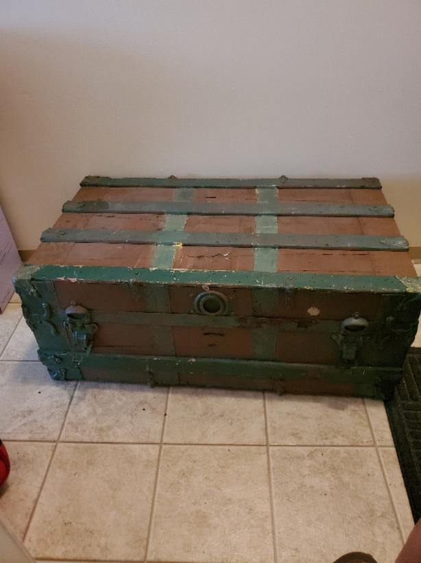 FREE: Painted canvas and metal trunk
