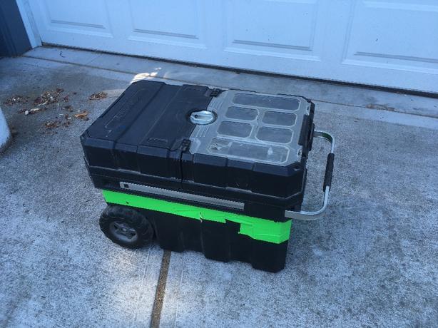 husky rolling toolbox