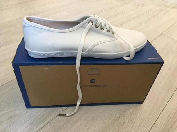 White Keds Sneakers | Mens 9 | Never Worn