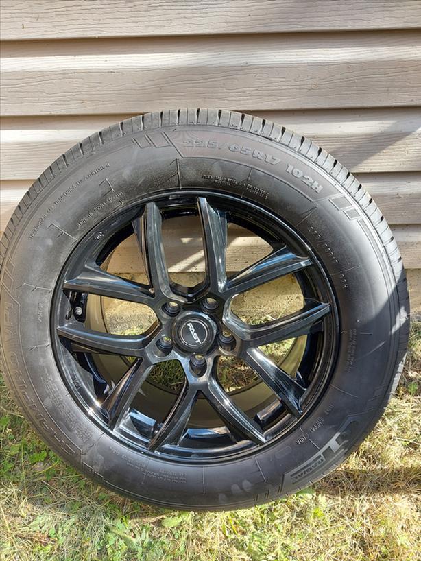 "17"" FAST Black Rims225 65R17 103H Champiro  Summer Tires"