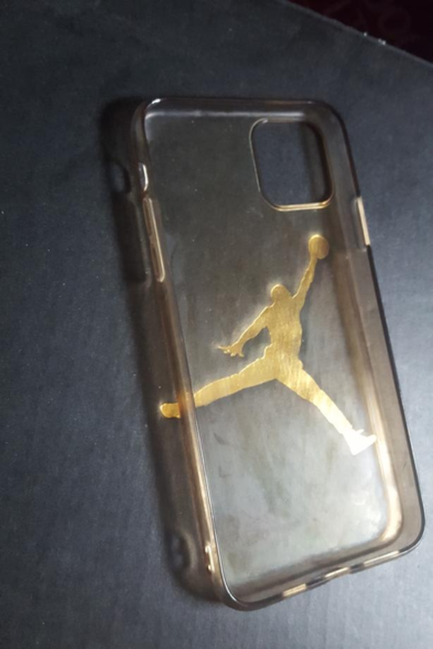 Iphone 11 case by apple