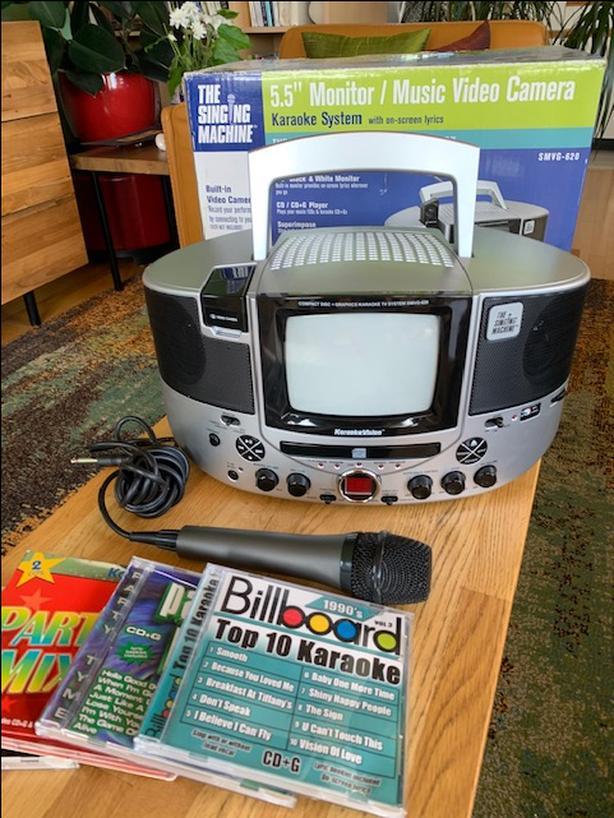 Singing Machine CD+G Karaoke System