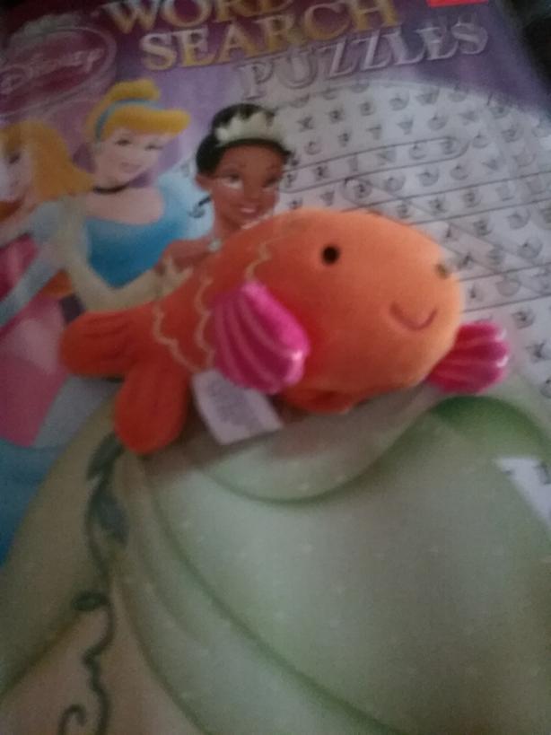 Fish finget puppet