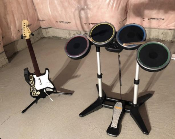 Rockband PS3 and PS4 drums and guitar