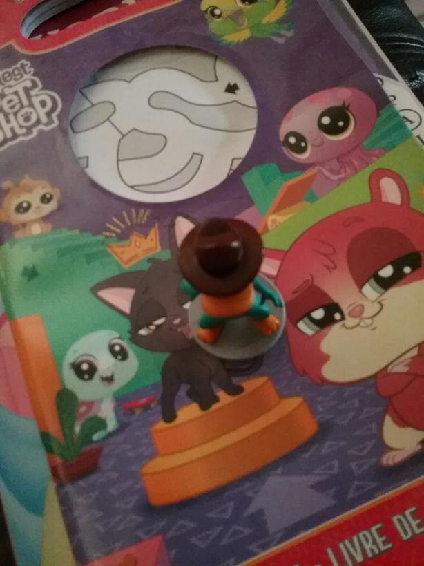 Perry the platpuss phinse and ferb toy figuer