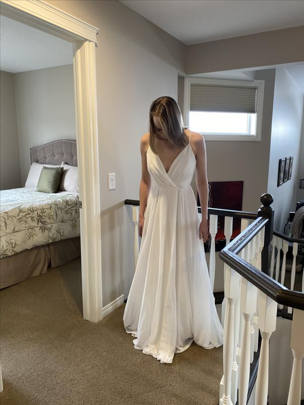 Never Worn Elopement Wedding Dress (S) - Tags Still On