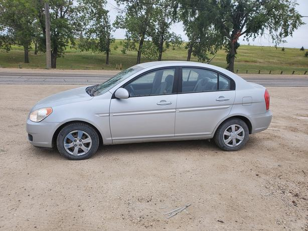 2006 Hyundai accent with very low Kms.