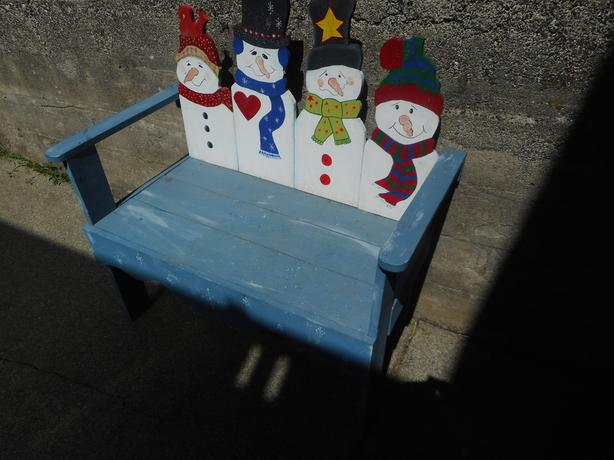 Child's Wooden Chrismas Bench