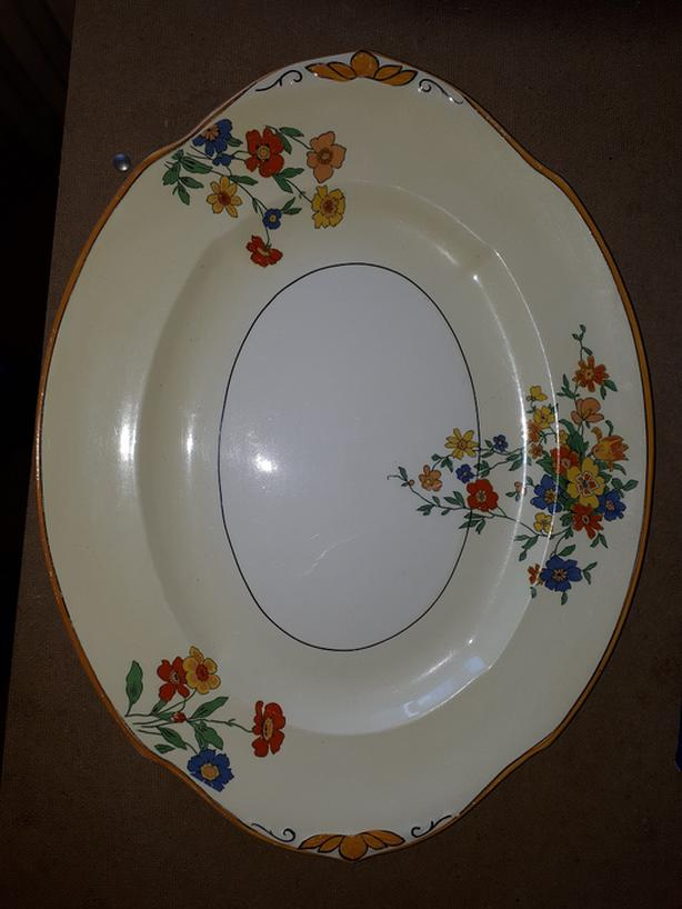 BEAUTIFUL W. H. GRINDLEY & CO. IVORY FLORAL PLATTER,