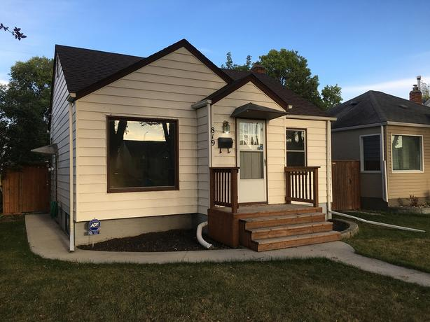 3BR QUIET SUPER-CLEAN METICULOUSLY MAINTAINED HOME FOR OCT1