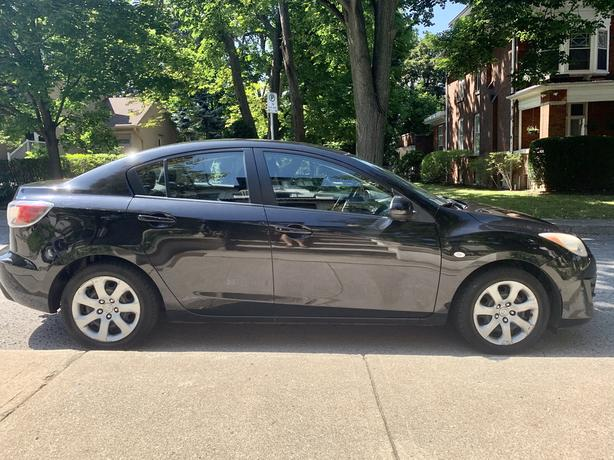 2010 Mazda 3 - Manual transmission, Safety certified