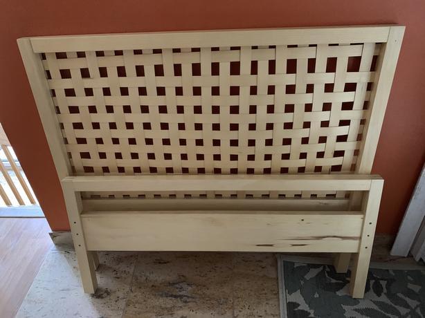 Lit en pin IKEA OTTENBY / simple bed