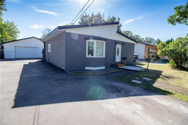 located on a great street in Charleswood features 2 bedrooms on the main floor.