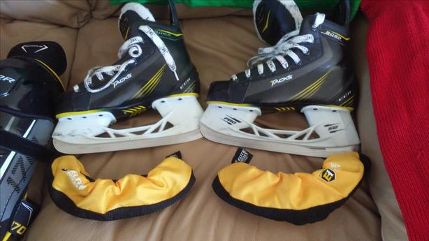 hockey gear for pre-teen or early teenager