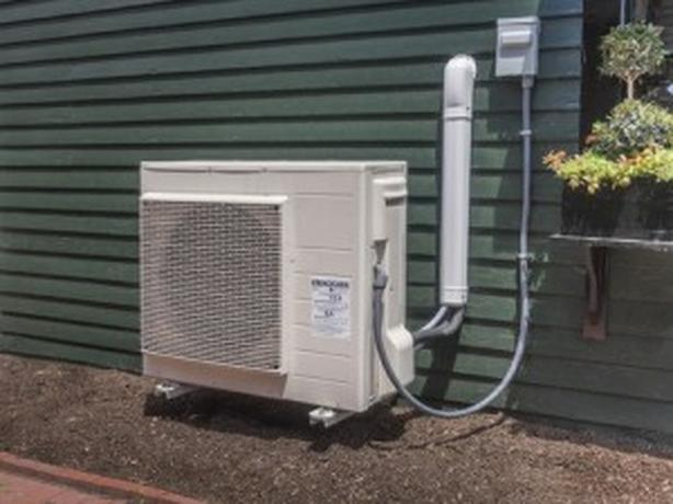 ** DUCTLESS MINI SPLIT HEAT PUMP UP TO 6000 IN  REBATES AVAILABLE***