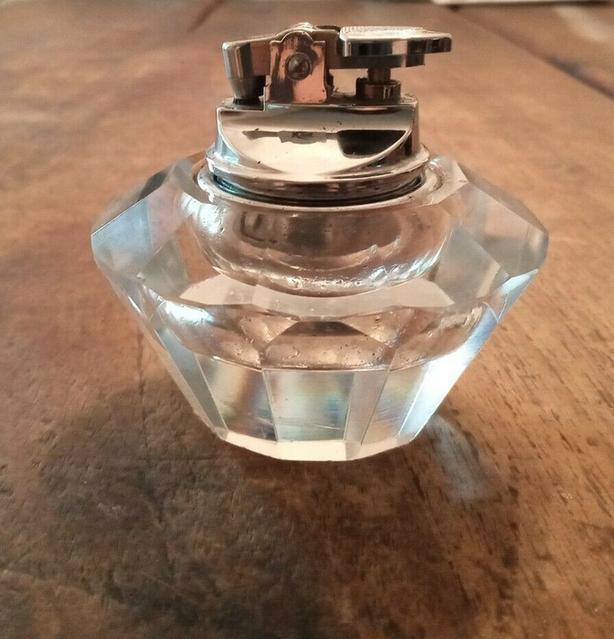 Modern Glass Lighter Japan Table