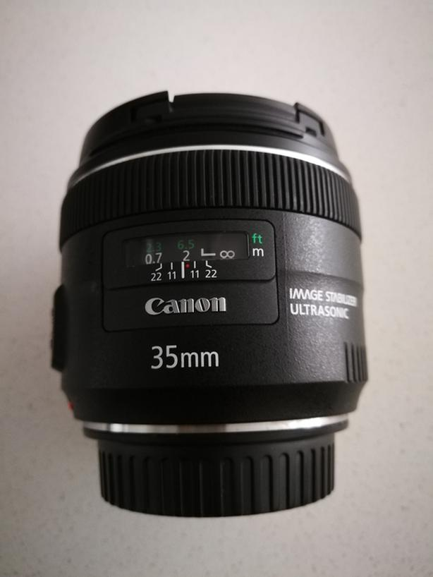 Canon 35 mm f/2 lens