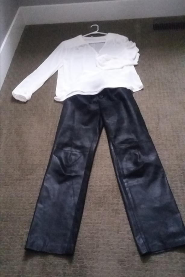 LADY'S PIG SKIN LEATHER PANTS SIZE 10