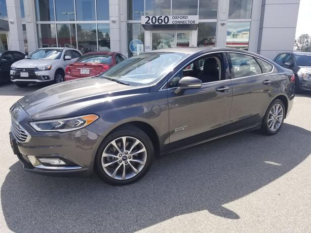 2017 Ford Fusion Energi SE Luxury Navigation-Leather-Sunroof FWD