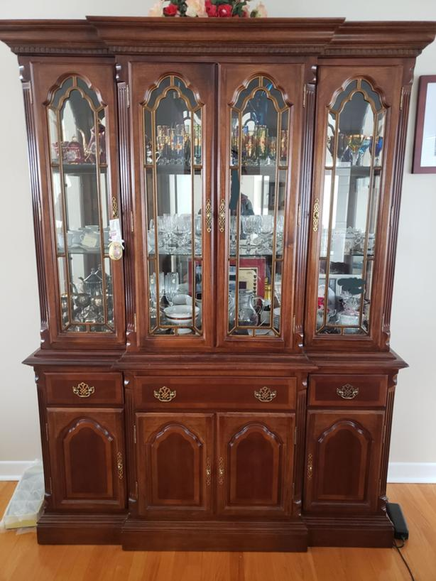 Solid wood contemporary hutch