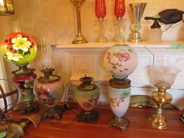 FINAL SALE OF LAMPS AND FURNITURE