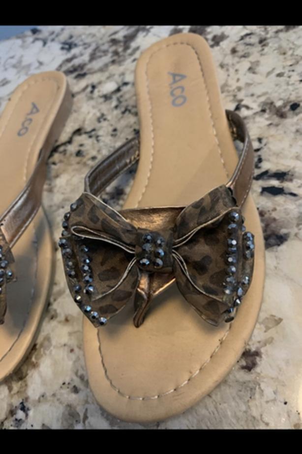 Leopard bow tie sandals