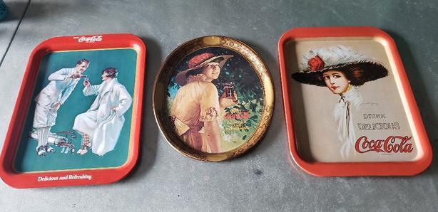 coca-cola serving collector trays