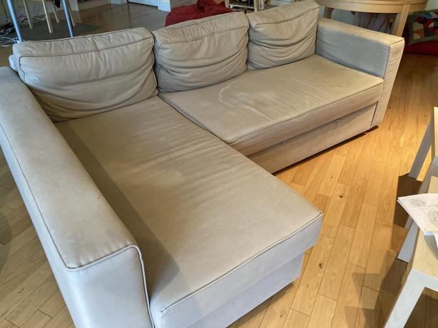 FREE: FREE SECTIONAL COUCH (TURNS INTO BED)