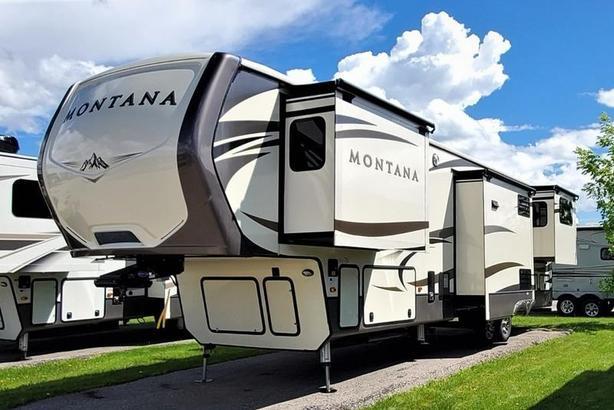 2017 Keystone RV MONTANA 3790RD