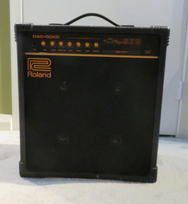 Roland DAC-50XD Amp