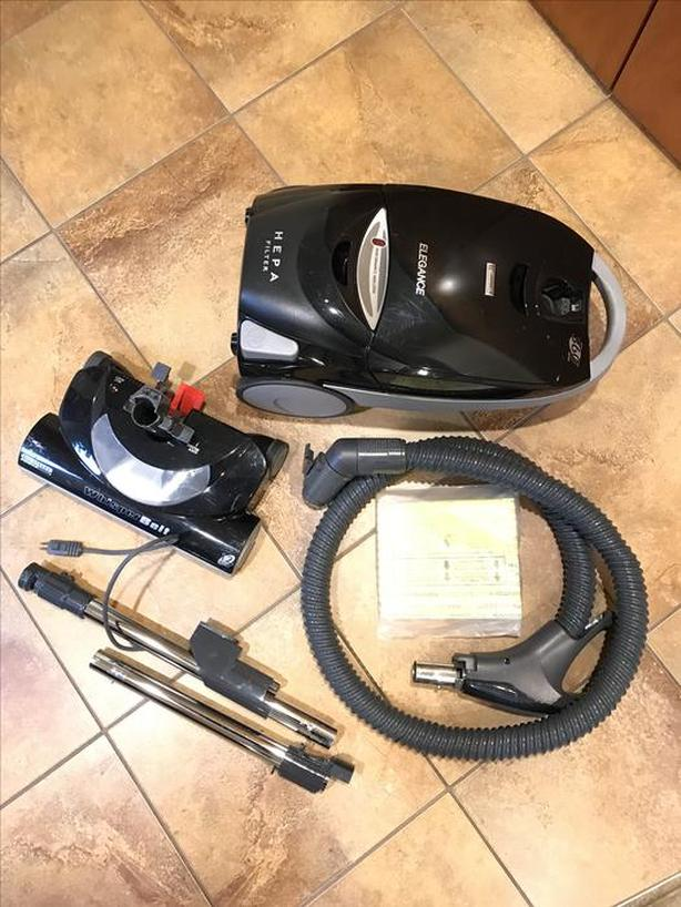Kenmore canister vacuum with two power heads & HEPA