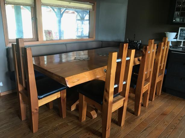 Rustic Dining Table – Live edge dining table