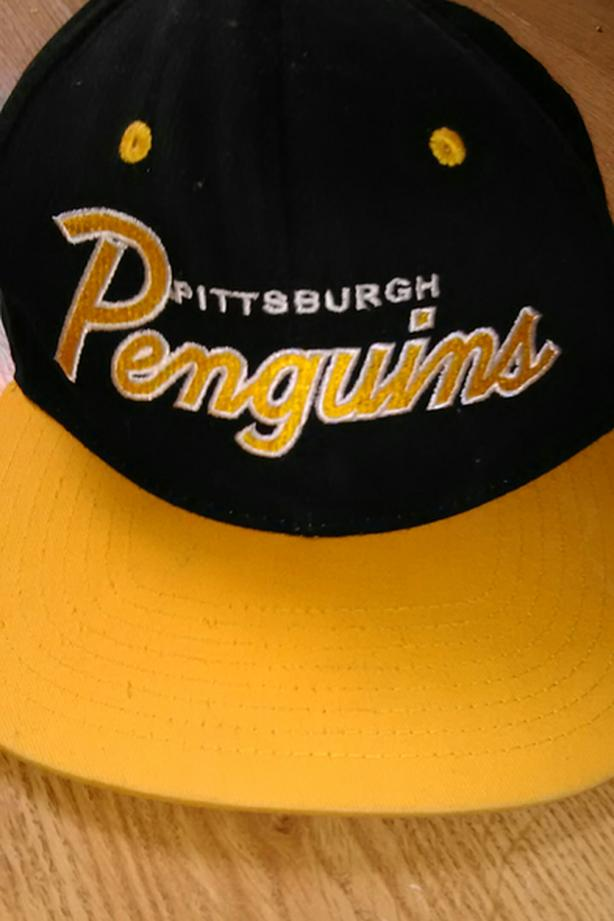 PITTSBURGH PENGUINS HAT