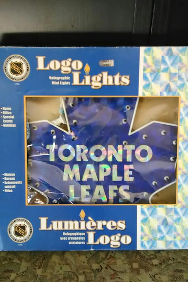 TORONTO MAPLE LEAFS LOGO LIGHTS