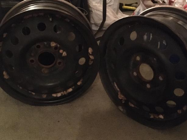 Set of 4 rims 15' from Hyundai Elantra