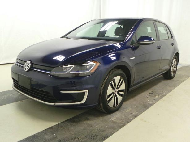 2017 VW e-Golf – Tech Package – Quick Charge Package – 18,103Kms STK#M8948