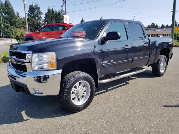 Pre-Owned 2009 Chevrolet 2500hd Silverado 4x4  for sale in parksville