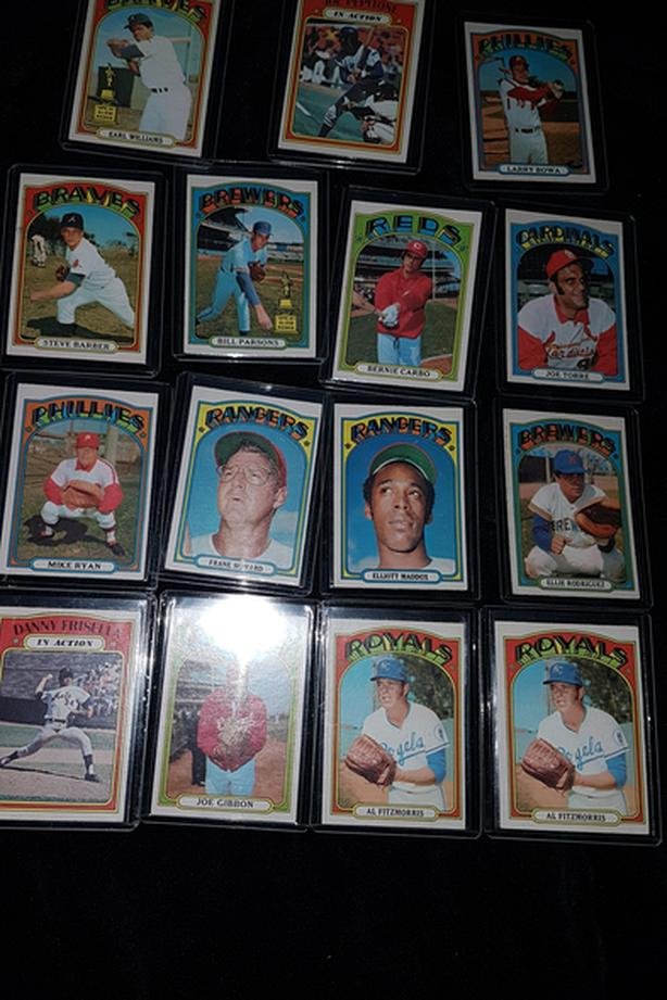 Vintage 1972 opee chee baseball cards singles
