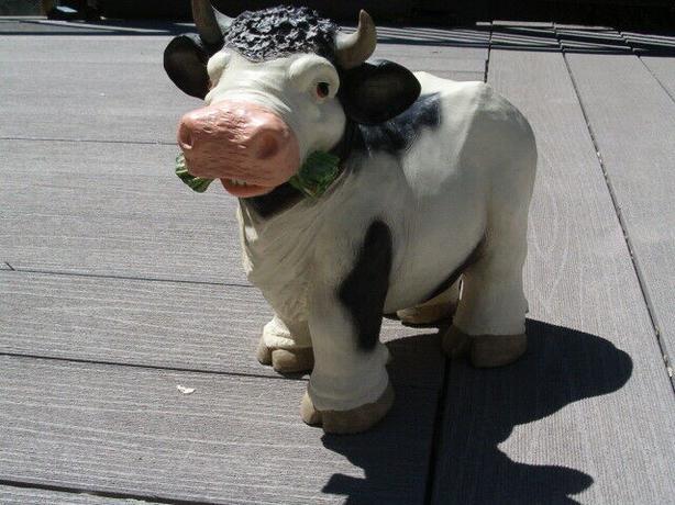 cow Lawn Yard Art,