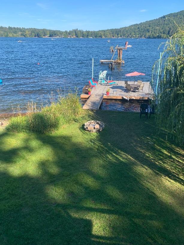 Waterfront Vacation Rental Shawnigan Lake BC