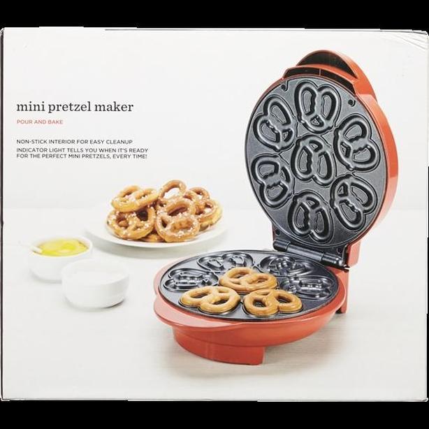 NEW Mini Pretzel Maker