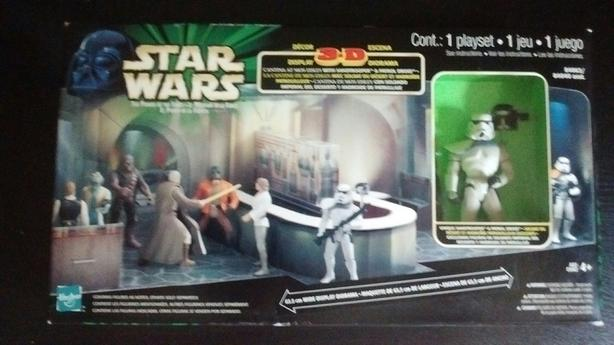 1998 MULTI LANGUAGE THE POWER OF THE FORCE 3D DIORAMA CANTINA AT MOS EISLEY