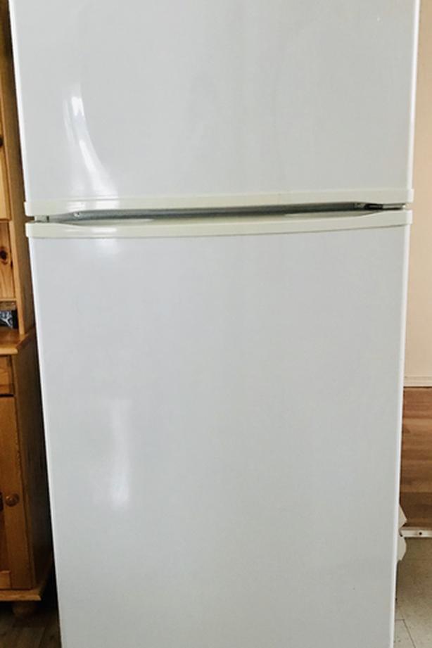 Newer INGLIS Top Freezer FRIDGE