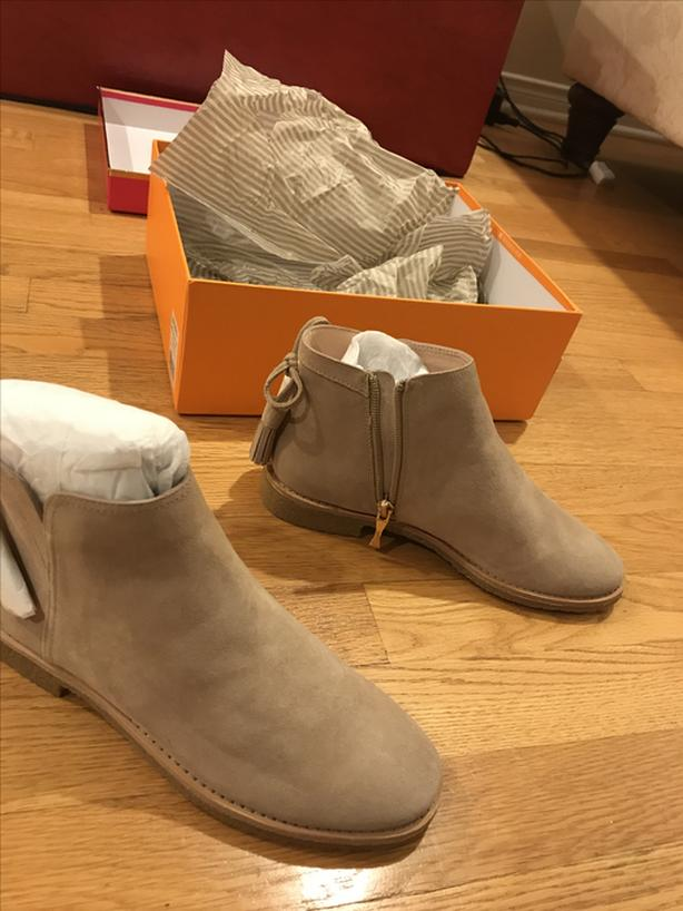 """New """"Kate spade"""" ankle boot size 6.5 , unwanted gift"""