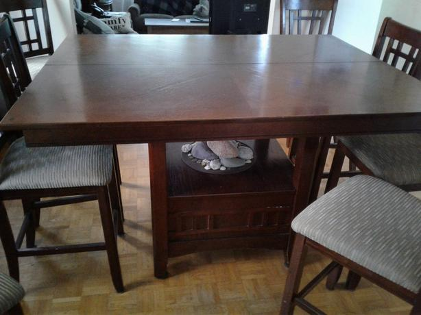 Dining Table and chairs - Pub Style
